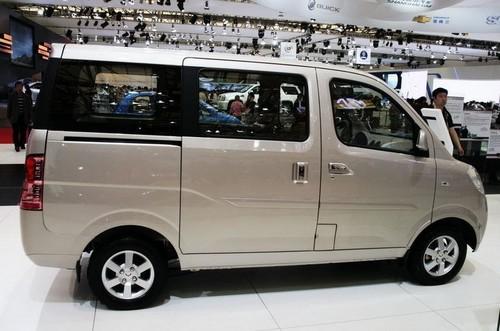 N200 Mini Van