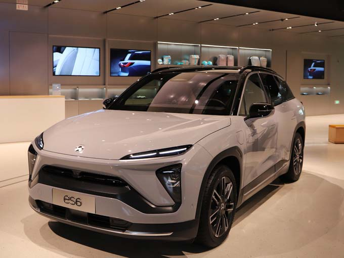 NIO ES6 Starts to Deliver, Real Car is on the Street