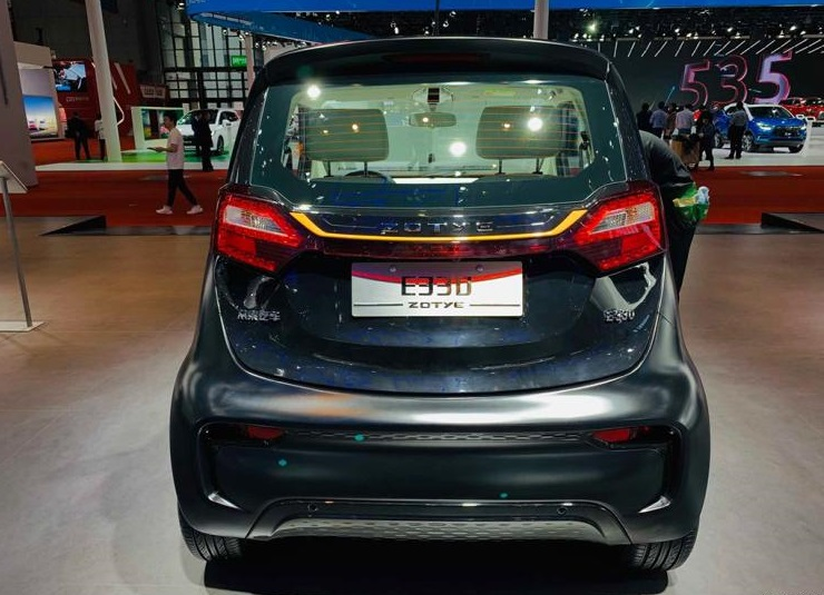 China's Fortwo Received a Facelift: Zotye E330 Microcar Will Be Soon in Market