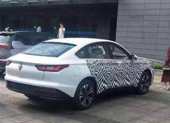 The First Real Shot of Baojun's New Coupe, To be Named RC-6