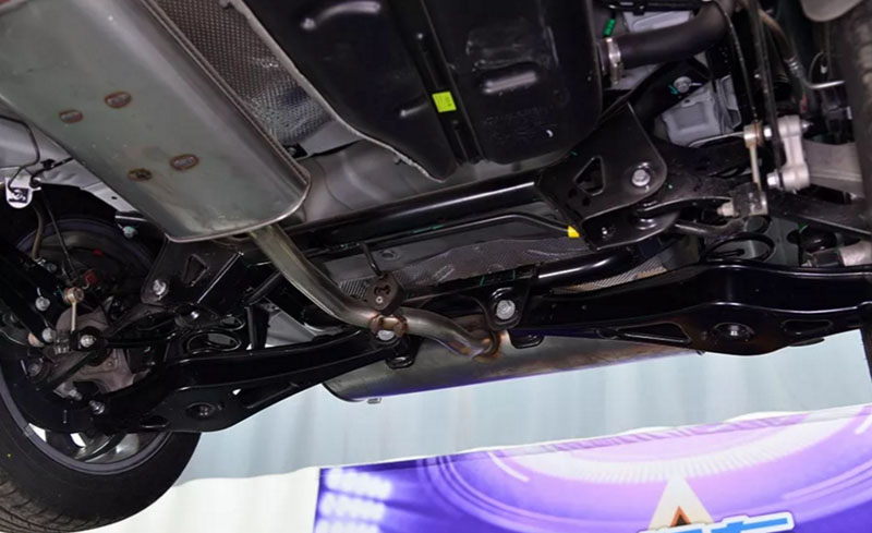 Chery  Tiggo 4 (Tiggo 5x) Review: Chassis, Front & Rear Suspension Are from Jaguar Land Rover and Qoros?