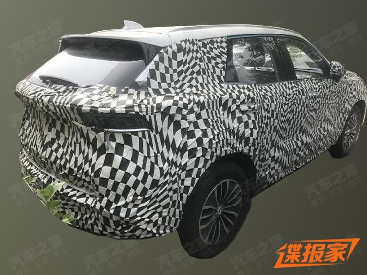 Spy Photos of BAIC SENOVA C62X