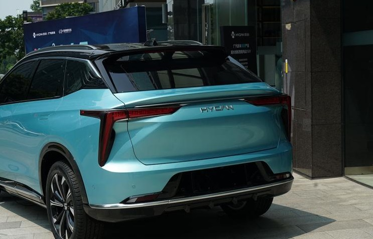 GAC-NIO's 1st EV Hycan 007 Spotted in China's EV Subsidy Plan