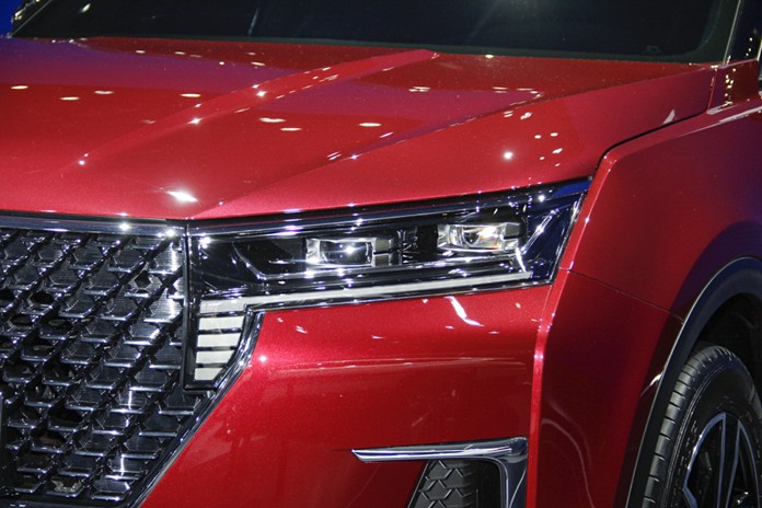 "Dongfeng Venucia Luanched Brand-New SUV, Named ""Xing"" At 2019 Guangzhou Auto Show"