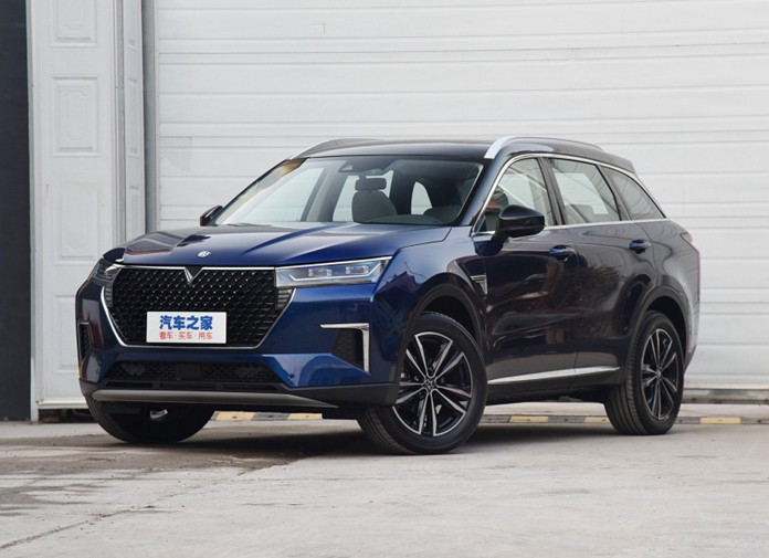 Venucia Launches the XING, an All-New SUV priced at 110,000-150,000 yuan in the Chinese market
