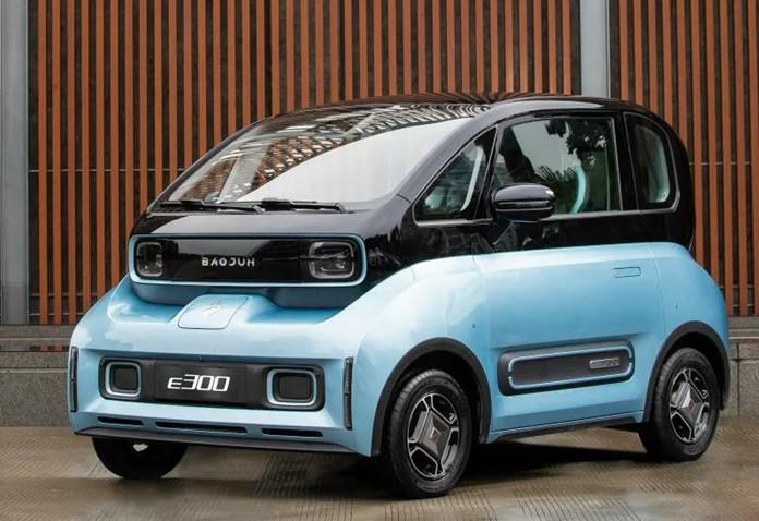 Baojun E300 is an all-new mini EV after E100 & E200