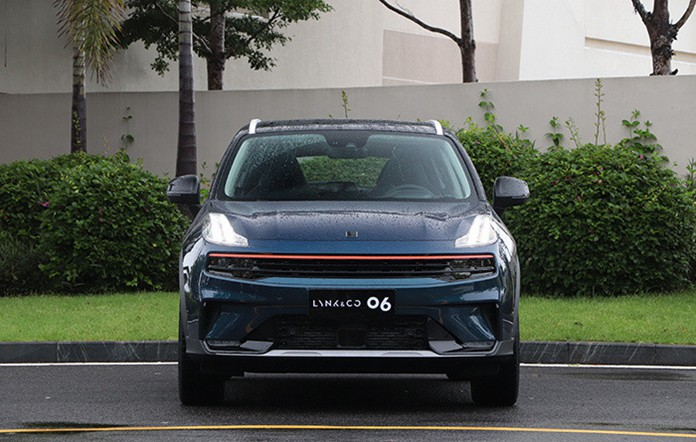 Geely's High-end Brand Lynk & Co 06 Made Global Debut
